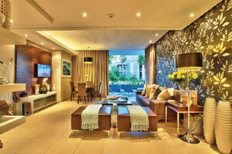 pembroke G10 living room