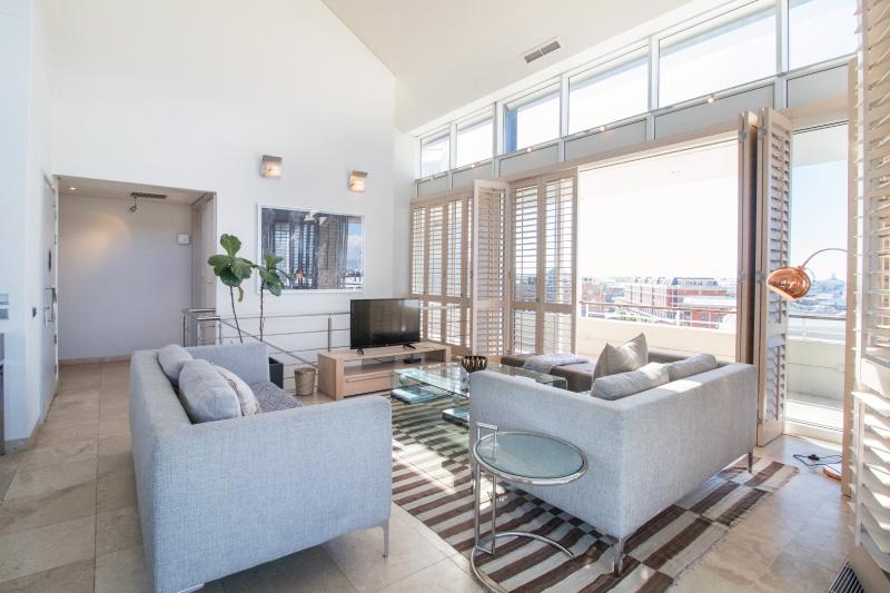 three bedroom penthouse living room