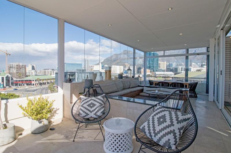 three bedroom penthouse patio