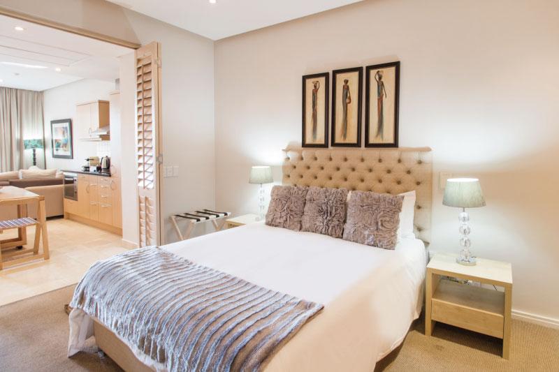 waterfront-village-luxury-1-bed-bedroom-3